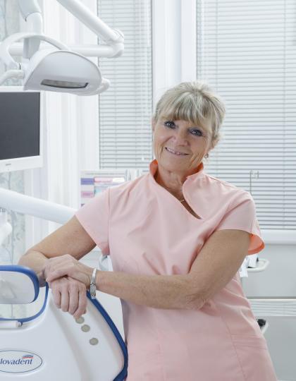Dr. Gombos Lívia - Fogszakorvos, Fogszabályozó szakorvos